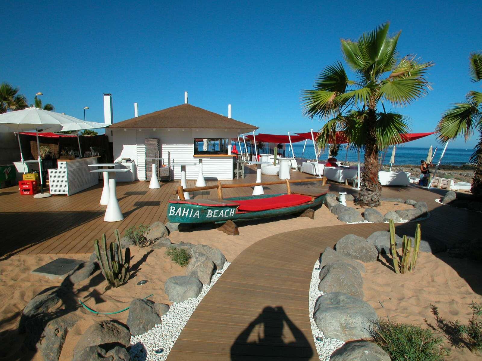 Beach-Club-Eingang-1600